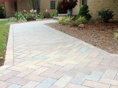 Paver porch and walkway with Fendt New Holland Pavers