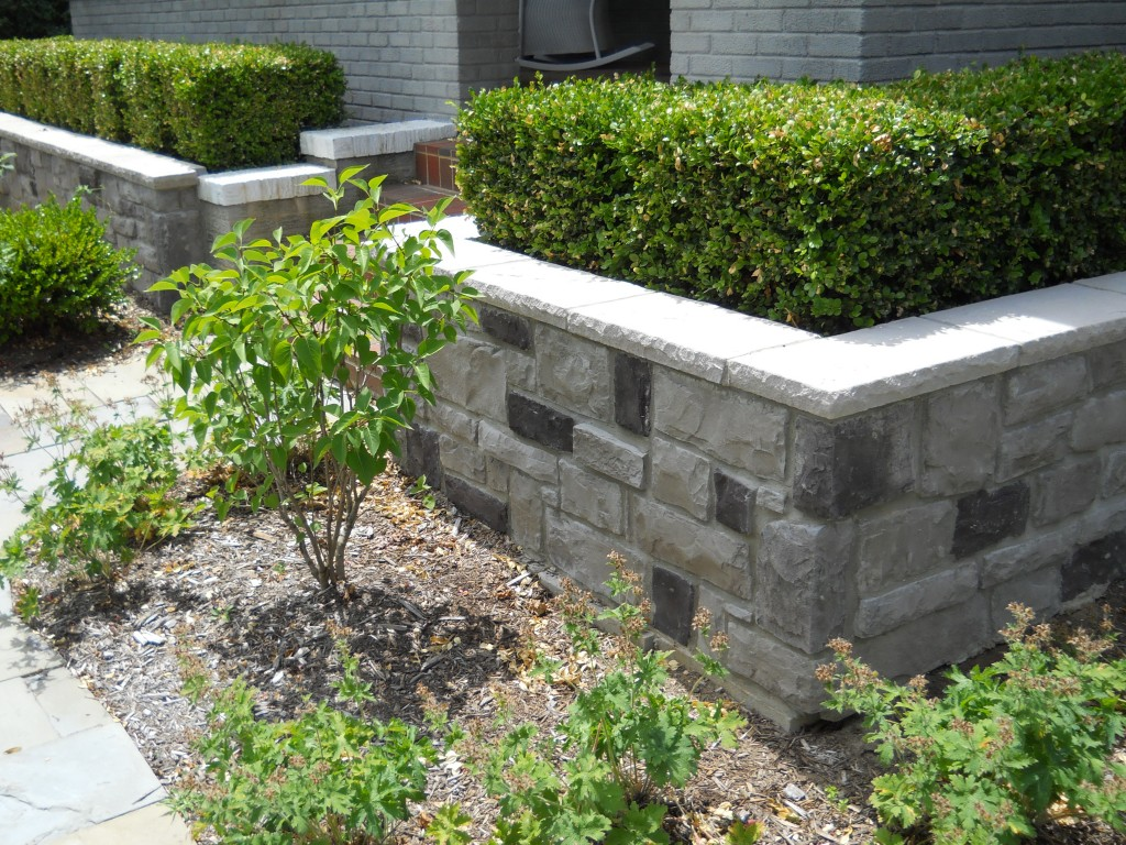 Small Retaining Wall For Landscaping