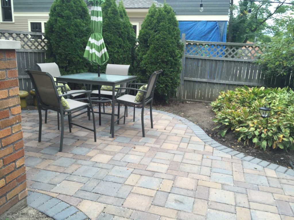 Paver Patio for Dining