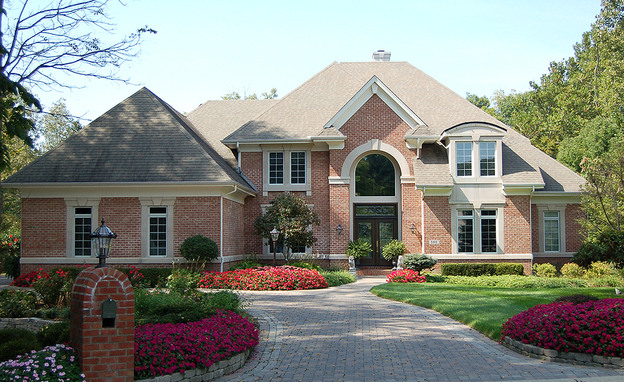 Trust Twin Oaks Landscape with all of your HOA landscaping needs.